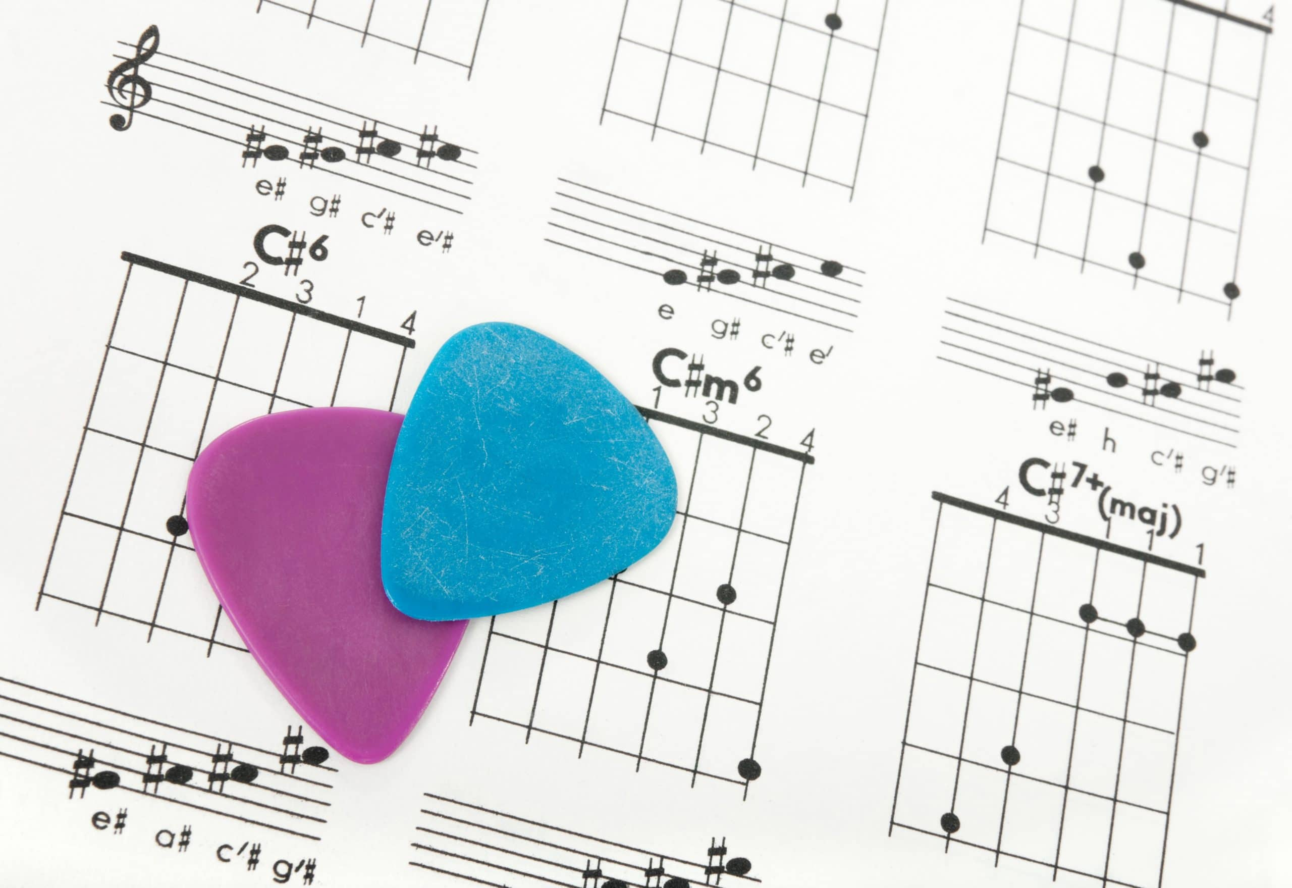guitar picks with chords