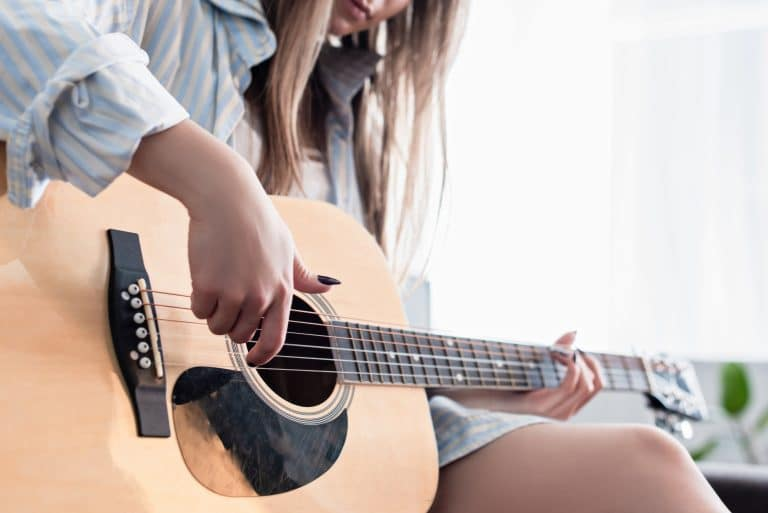 easy female guitar songs