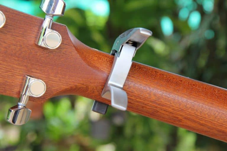 Capo on ukulele