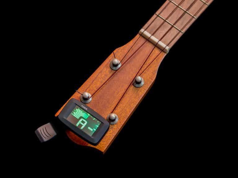 Clip tuner for ukulele